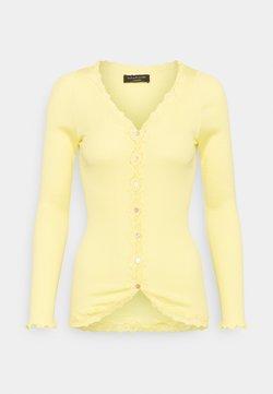 Rosemunde - CARDIGAN REGULAR VINTAGE - Sudadera con cremallera - vanilla yellow