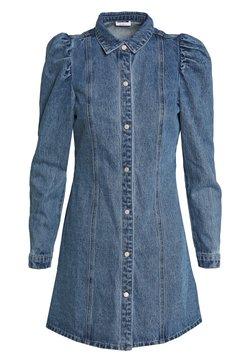 Noisy May Petite - NMMARILLE PUFF DRESS - Dongerikjole - medium blue denim