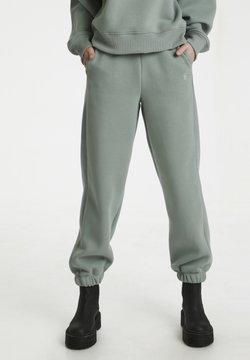 Gestuz - RUBI - Jogginghose - slate gray