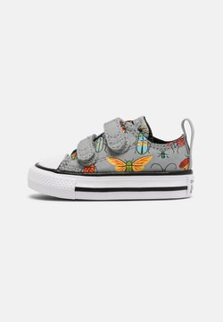 Converse - CHUCK TAYLOR ALL STAR BUGGED OUT UNISEX - Sneakers basse - ash stone/black/bright poppy
