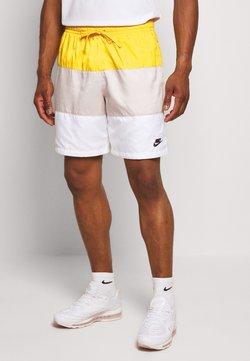 Nike Sportswear - Short - opti yellow/light bone/white/black