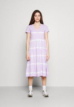 Noisy May - NMBUSTER TIE DYE DRESS - Vestido ligero - pastel lilac