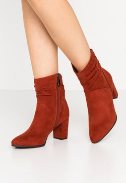 Marco Tozzi - Classic ankle boots - brick