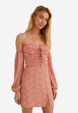 NA-KD - Bluse - painted floral coral