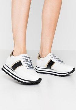 Tamaris - LACE UP - Sneaker low - white/black