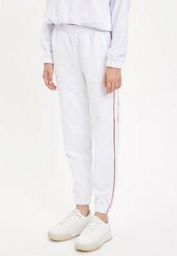 DeFacto Fit - Jogginghose - white