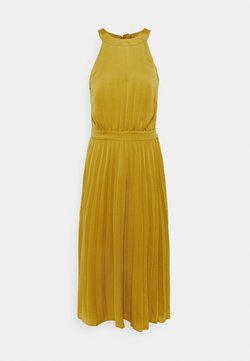 King Louie - DANNA PLISSE DRESS GINTY - Vapaa-ajan mekko - curry yellow