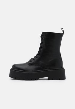Bianco - BIADEB LACED UP BOOT - Enkellaarsjes met plateauzool - black
