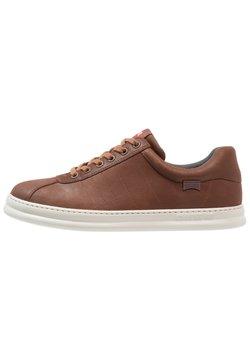 Camper - RUNNER FOUR - Sneaker low - medium brown