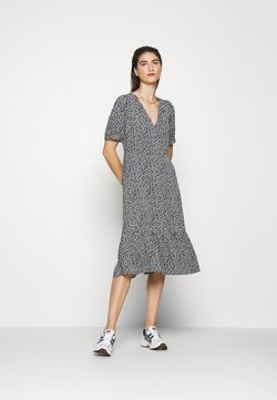 Moss Copenhagen - LAURALEE RAYE DRESS - Freizeitkleid - dark blue