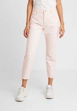 Miss Selfridge - WAIST SEAM MOM  - Relaxed fit jeans - pink