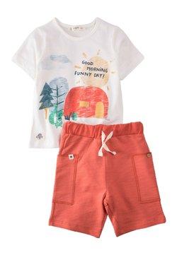 Cigit - Shorts - off