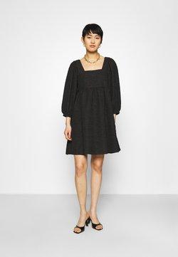 JUST FEMALE - TODA DRESS - Cocktailkleid/festliches Kleid - black