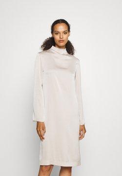 Filippa K - JUDY DRESS - Freizeitkleid - light beige