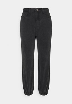 Missguided Petite - RIOT HIGHWASITED MOM - Jeans Relaxed Fit - black