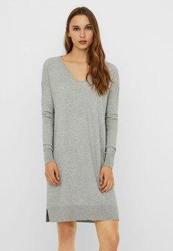 Vero Moda - VMHOLLY V NECK LOOSE DRESS - Vestido de punto - light grey melange