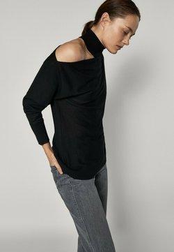 Massimo Dutti - MIT ASYMMETRISCHEN SCHULTERN - Stickad tröja - black
