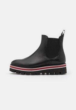 Fratelli Rossetti - Platform ankle boots - nero