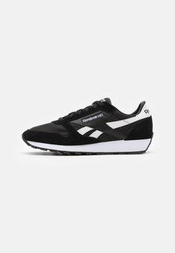 Reebok Classic - UNISEX - Sneaker low - black/white