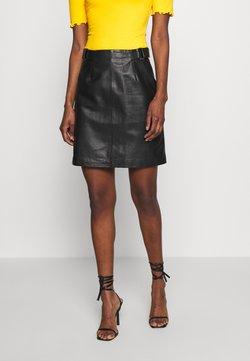 Selected Femme Tall - SLFSABINE SKIRT - A-line skirt - black
