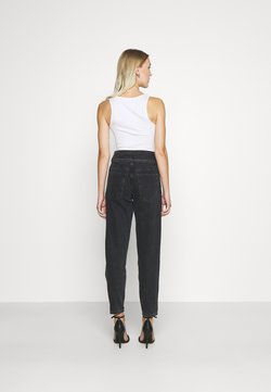 ONLY - ONLLU LIFE CARROT PLEAT BANK  - Jeans relaxed fit - black