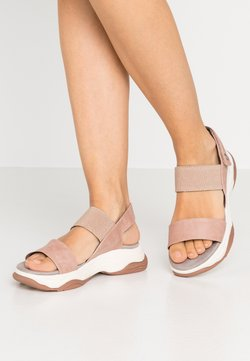 XTI - Sandalen met plateauzool - nude
