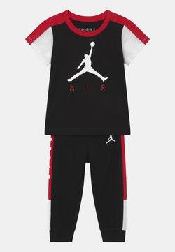 Jordan - AIR TRANSITIONAL SET UNISEX - T-shirt print - black