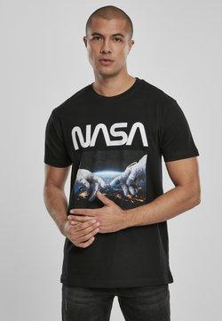Mister Tee - HERREN NASA ASTRONAUT HANDS TEE - T-Shirt print - black