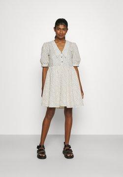 Object - OBJNOUR DRESS - Robe chemise - sandshell