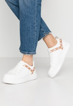 Lost Ink - EYELET LACE UP TRAINER - Zapatillas - white
