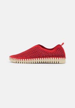 Ilse Jacobsen - TULIP - Loafers - deep red