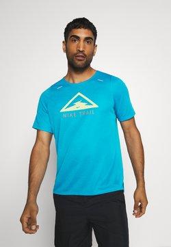 Nike Performance - RISE TRAIL - Camiseta estampada - laser blue/barely volt