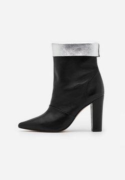 Toral - SAVINA - High Heel Stiefelette - black/silver