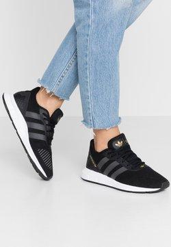 adidas Originals - SWIFT - Sneaker low - clear black/grey six/footwear white