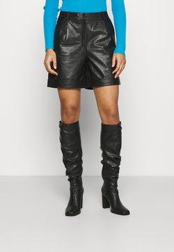 Selected Femme - SLFLEA - Shorts - black