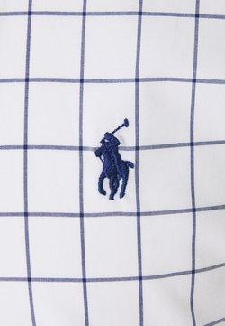 Polo Ralph Lauren - STRETCH SLIM FIT - Vapaa-ajan kauluspaita - white/blue