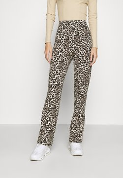 Pieces - PCDOLLY FLARED PANTS  - Broek - carry over