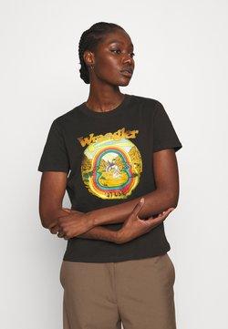 Wrangler - HIGH REGULAR TEE - T-shirt z nadrukiem - washed black