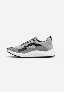 Steve Madden - FORREST - Sneaker low - grey