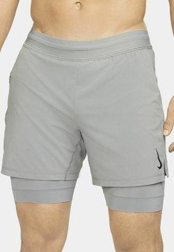 Nike Performance - SHORT - kurze Sporthose - particle grey/black