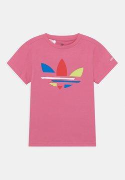 adidas Originals - TEE UNISEX - T-shirt imprimé - rose tone