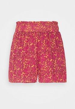 YAS Petite - YASRISLO - Shorts - fandango pink/rislo