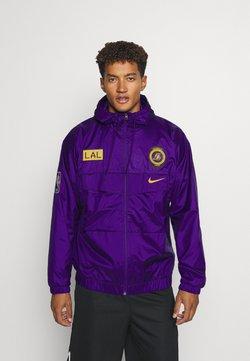Nike Performance - NBA LA LAKERS COURTSIDE LIGHTWEIGHT JACKET - Vereinsmannschaften - field purple