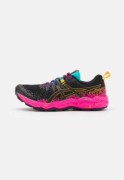 ASICS - FUJITRABUCO LYTE - Zapatillas de trail running - black/pink glow