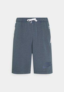 Nike Sportswear - WASH - Shorts - thunder blue