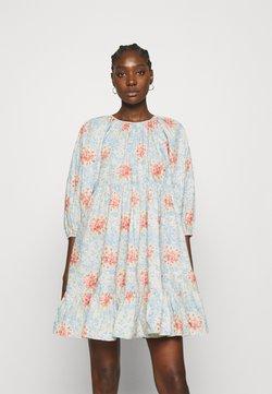 byTiMo - POPLIN SHIFT DRESS - Freizeitkleid - light blue