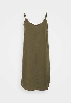 Noisy May Petite - NMMIRA STRAP SHORT ENDI DRESS - Vestido informal - kalamata