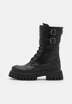 Koi Footwear - VEGAN NIGHTWOLF - Kozaki na platformie - black
