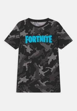 Name it - NKMFORTNITE - T-shirt med print - black