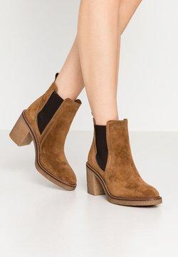 Alpe - Ankle Boot - cognac